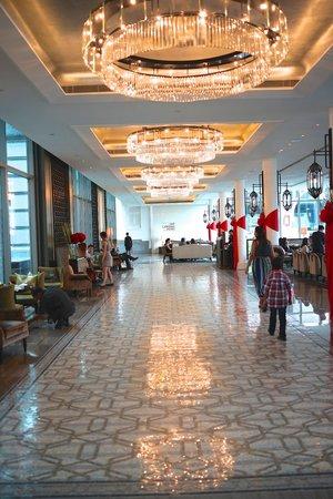 The Fullerton Bay Hotel Singapore: Hotel entrance