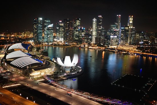 The Fullerton Bay Hotel Singapore: Hotel is opposite Marina Bay Sands