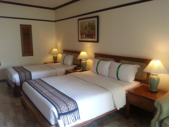 Thara Patong Beach Resort & Spa: Room
