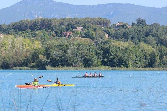 Lago de Bañolas: озеро