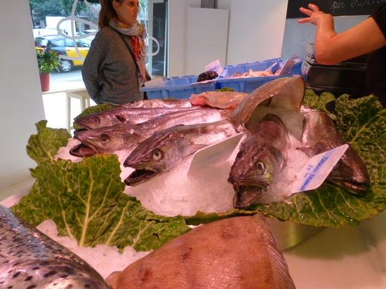 Aborigens -Local Food Insiders: Fish Shop