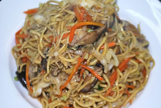 Fan's Chinese Restaurant: vegetarian fried noodle