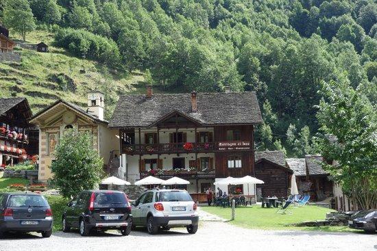 Hotel Montagna di Luce: Hotelansicht von vorne