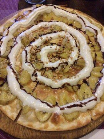 Crocodile Rock Pizza & Grill Restaurant : Vege pizza banana