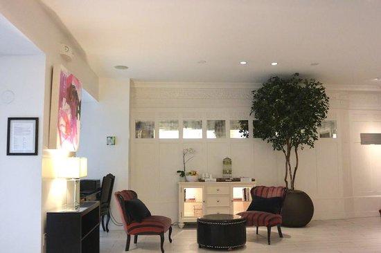Mystic Hotel by Charlie Palmer: Lobby