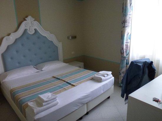 Hotel Souvenir: Zimmer