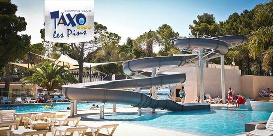 piscine avec toboggan photo de camping club taxo les pins argel s sur mer tripadvisor. Black Bedroom Furniture Sets. Home Design Ideas