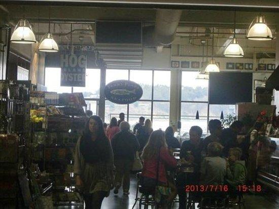 Hog Island Oyster Company : 店内