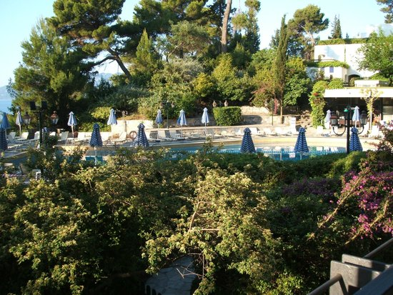 Ionian Blue Bungalows & Spa Resort : View of main hotel pool