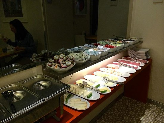 Elanaz Hotel Istanbul: Breakfast
