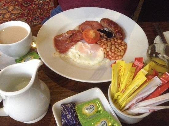 Riverside Hotel: english breakfast
