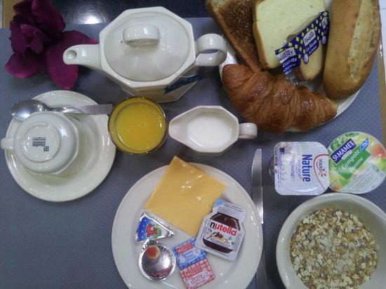 Hotel de la cite Rougemont: Hotel de la Cité Rougemont - notre nouveau petit déjeuner (photo non contractuelle)