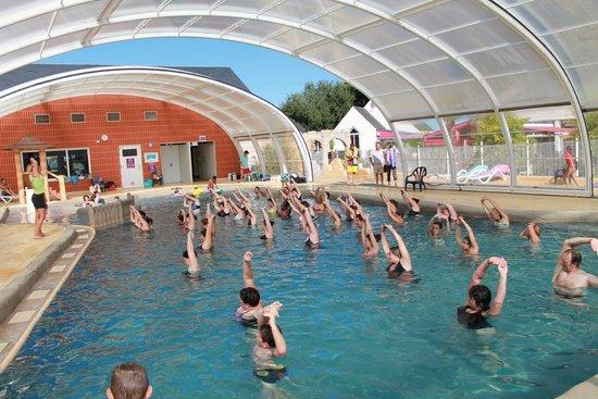 La piscine couverte picture of camping domaine de leveno guerande tripadvisor - Camping guerande piscine couverte ...