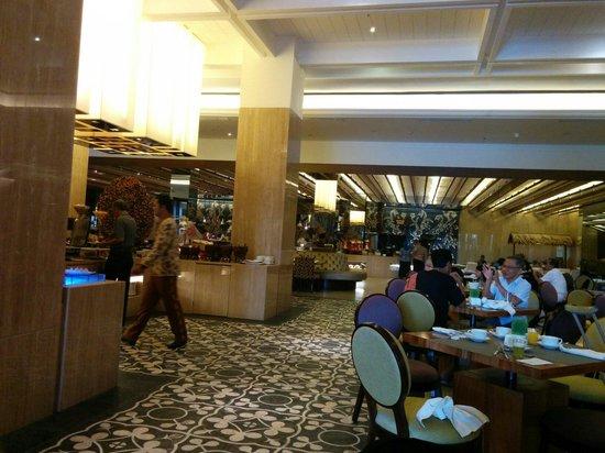 Hotel Tentrem Yogyakarta: Restaurant tentrem hotel... Bfast....