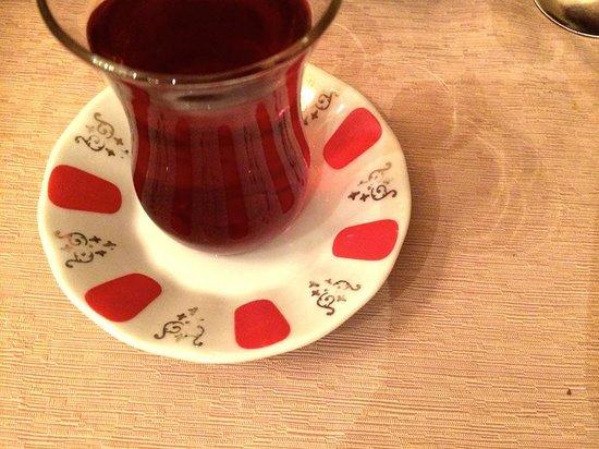 Zubeyir Ocakbasi: Turkish tea