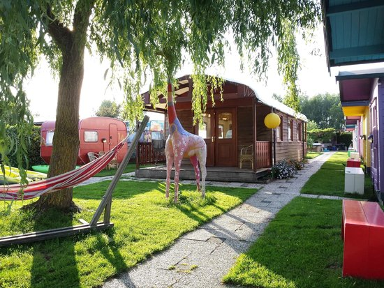 Lucky Lake Hostel : The smoking lounge