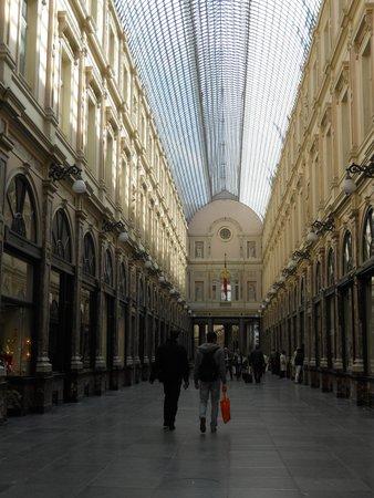 Les Galeries Royales Saint-Hubert : interior galerias