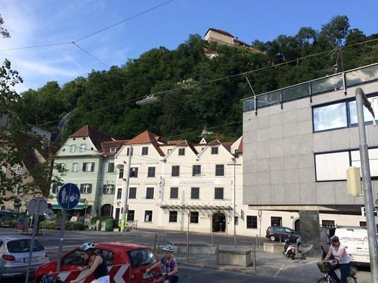 Schlossberg Hotel: Отель.