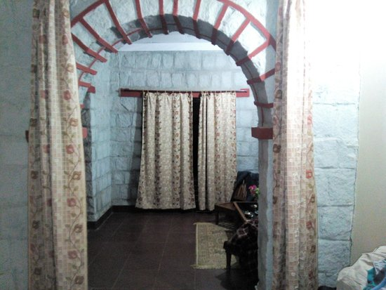 Mogli Resort: Room Entrance
