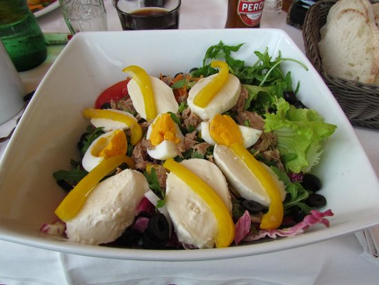 Hotel La Terrazzina: Gemischter großer Salat