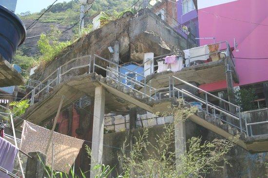 Favela Santa Marta Tour : Ein Blick nach oben