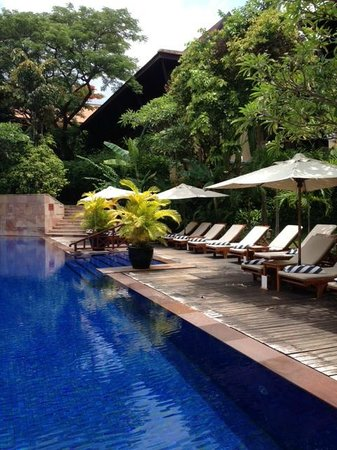 Victoria Angkor Resort & Spa: piscine