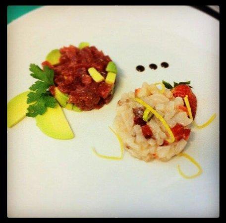 Trap of Taste: Tartare di tonno e avocado. Tartare di spada con pistacchi di Bronte e fragole.
