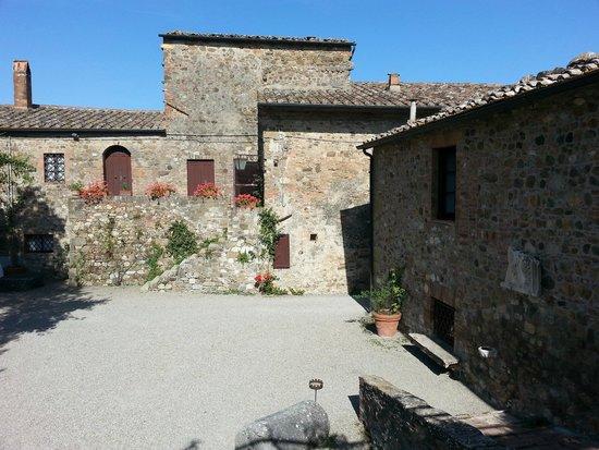 Borgo di Castelvecchio: Parte del castello