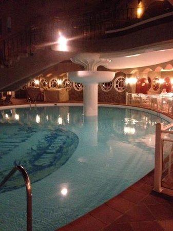 San Agustin Beach Club: the pool and restaurant