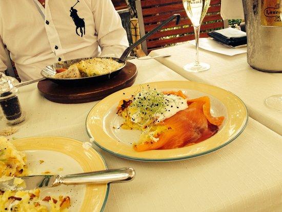 Hauser Restaurant: Smoked salmon rosti