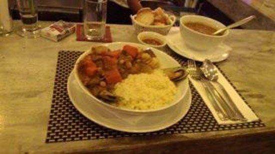 Baan pla Rawai Bouillabaisse: couscous de la mer