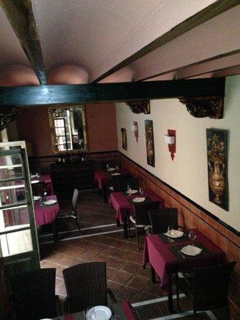 Hotel Casa del Pilar: Comedor principal del Pilar del Toro