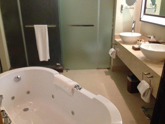 Secrets Wild Orchid Montego Bay : Bathroom