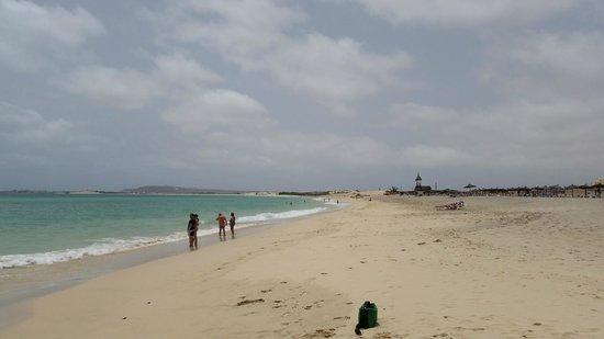 Clubhotel Riu Karamboa : Beach towards Sal rey