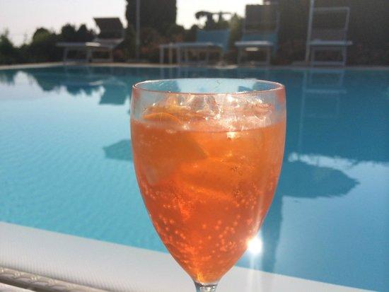 Albergo Valbella: Pool