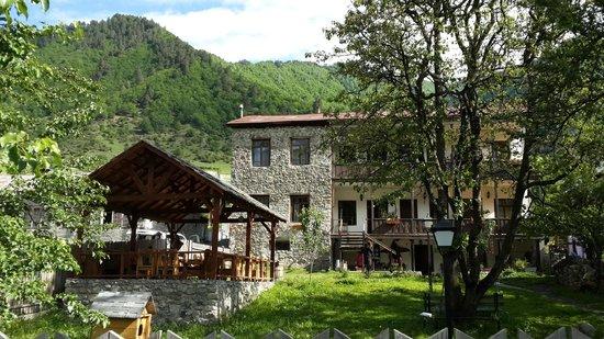 Hotel VillaMestia : from the road