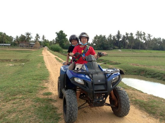 Quad Adventure Cambodia Siem Reap: Discovery Tour - May 2014