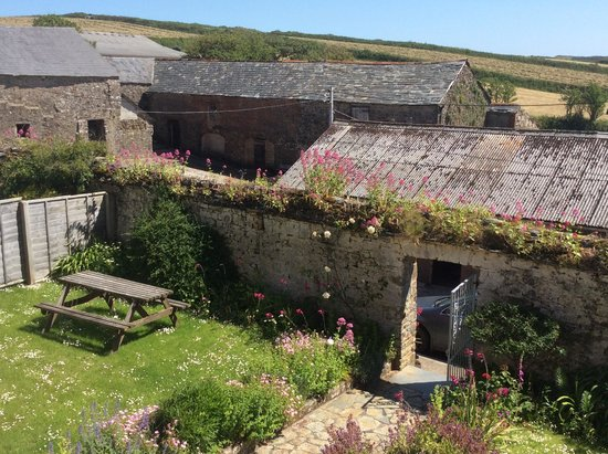 West Titchberry Farm Guest House: Guest garden