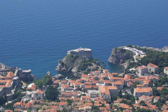 Hilton Imperial Dubrovnik: Hotel (L-shaped building) from Mount Srd