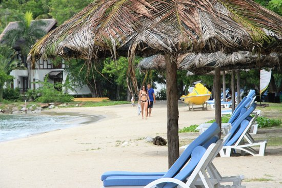 Vivanta by Taj Rebak Island, Langkawi : Beach