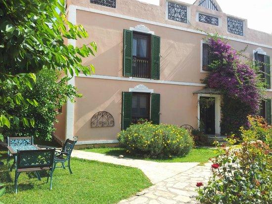 Hotel Kalehan: Le jardin