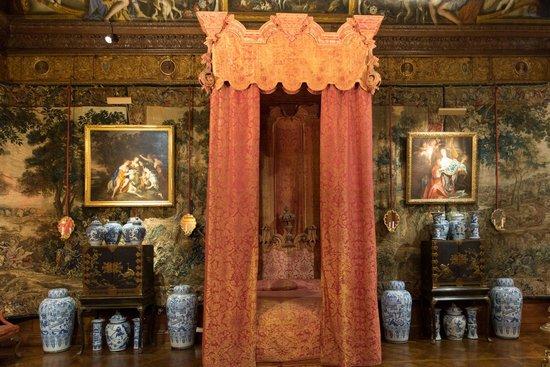 Chatsworth House: Grand Bedroom