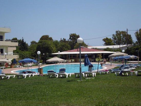Princess Flora Hotel : Pool