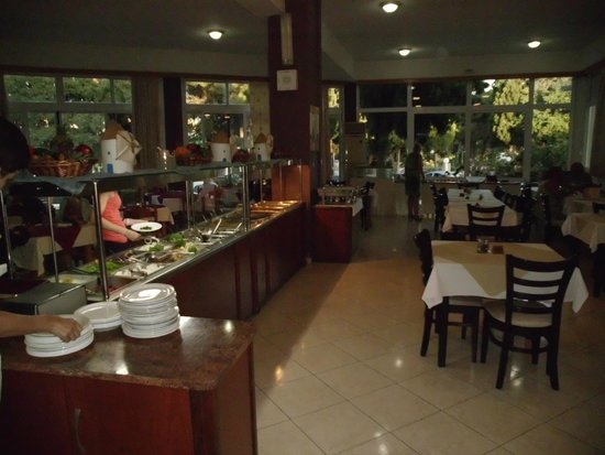 Princess Flora Hotel : Buffet
