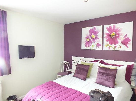 Heather Brae Bed and Breakfast: The bedroom