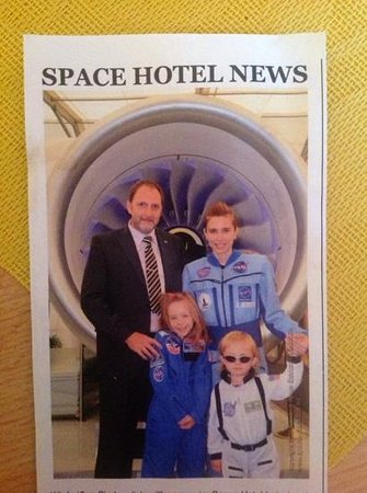 Space Hotel & Hostel Leipzig: Male staff member who was rude
