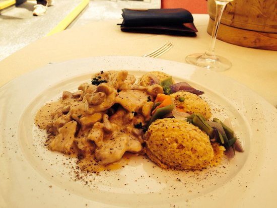 Steffani Restaurant: Swisse style veal with an unbelievable polenta