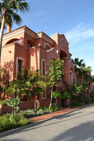 Vasari Vacation Resort: Venezia building