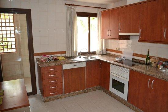 Vasari Vacation Resort : Kitchen