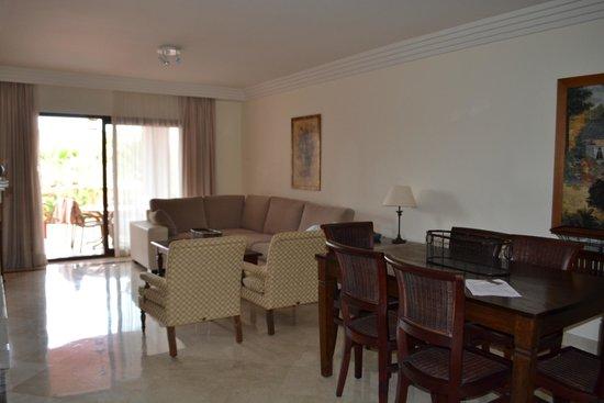 Vasari Vacation Resort : Living room